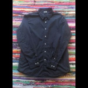 3/$20 Uniqlo Mens Navy Blue Pinstripe Button Up L